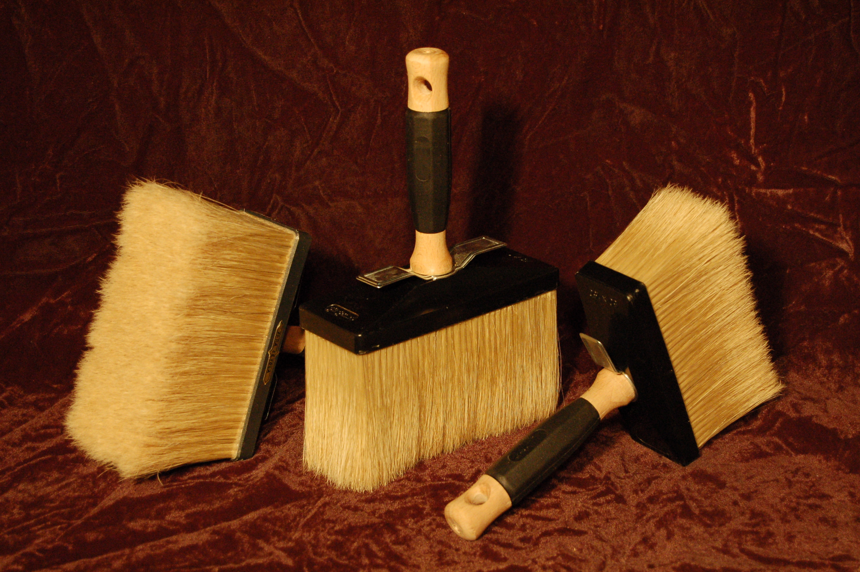 the importance of picking the right brush in painting The importance of picking the right paint choosing the right paint for the outside of your home is quite important for several reasons of course, you want the paint.